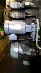油圧ポンプのモーター