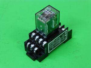 富士電機の電磁リレー